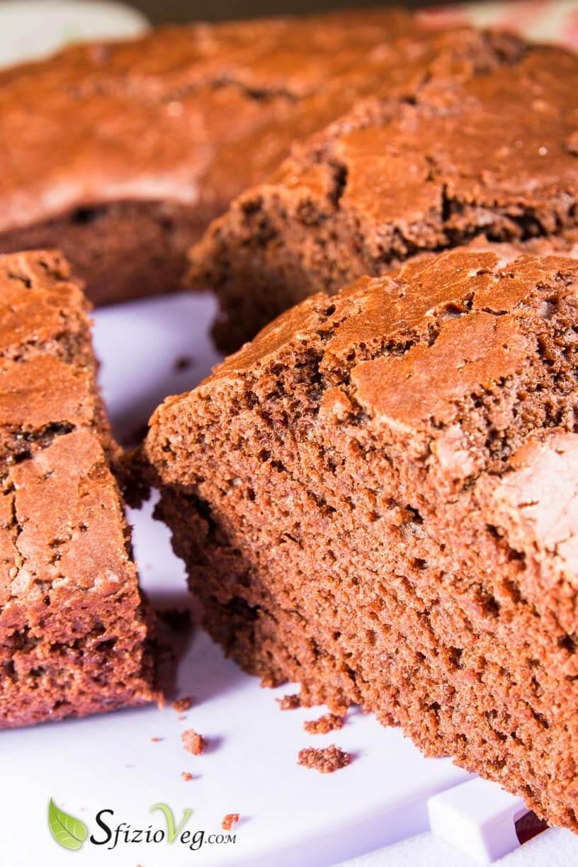 Ciambella al cioccolato senza uova – Ricetta Vegan 1